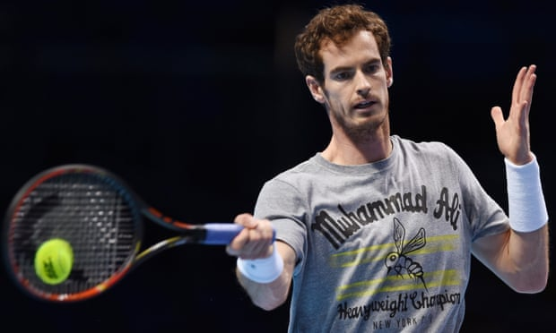 Andy Murray swinging tennis racket